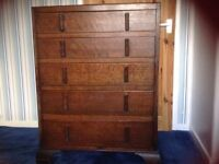 Vintage chest of draws