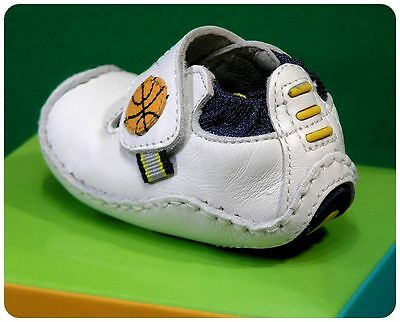 New/NWT/NIB~STRIDE RIDE~BASKETBALL~BABY BOYS~CRIB SHOES~White Leather~Cute!!!!!! ()