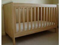 Mamas & Papas Murano cot bed cotbed in natural oak finish