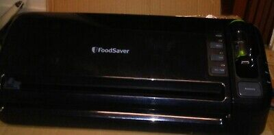 FoodSaver 2-in-1 vacuum sealer LARGE FM3600 series food preservation starter kit
