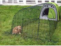Classic OMLET EGLU PET and 2 METRE RUN - Cosy & warm Rabbit hutch / Guinea Pig house