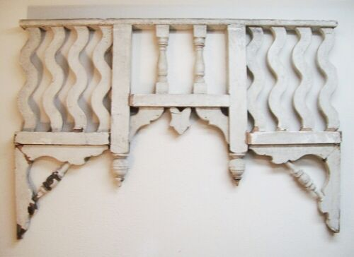 Antique Victorian Gingerbread Salvage Fretwork Corbels Pediment or Shelf