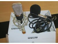 VimVip Professional Condenser Microphone and Power Pack