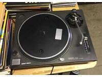 Technics SL1210 Mk2 A turntable record player