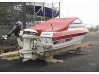 Power.boat a trailer - engine