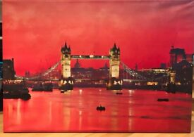 Tower Bridge Print on canvas 142cm x 100 cm x 4.5 cm (depth) vgc; collect from W4