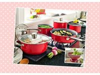 5 Piece Pan Set & FREE colander