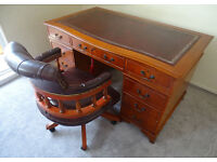 Serpentine Front Leather Top Pedestal Writing Office Desk (Key) 4.5ft X 2.5ft & Captains Chair