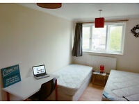 Awesome double twin bedroom ready now for couples. Crossharbour station. Must see!!