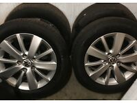 Volkswagen Golf bluemotion alloy wheels and tyres