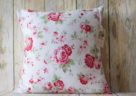 VINTAGE COUNTRY SHABBY CHIC COUNTRY FLORAL CUSHION 1 AVAILABLE