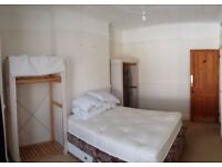 ***Large double bedroom in a 3 bed shared house in Peverell with all bills included***