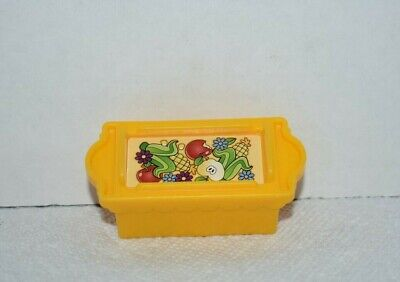 Fisher Price Little People Yellow Food Crate for Disney Princess Klip Klop