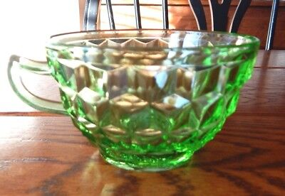 DEPRESSION GLASS CUBE PATTERN GREEN  CUP JEANNETTE GLASS