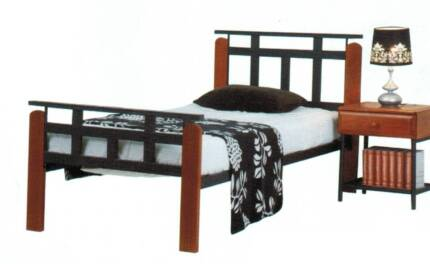 CHEAP NEW QUEEN SIZE BED COLOUR OAK/ BLACK TIMBER SLATS