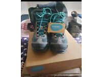 Hi - tec walking boots