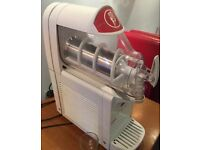 Ugolini ice cream machine - great condition only used for one summer