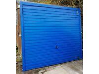 Garage door (blue)