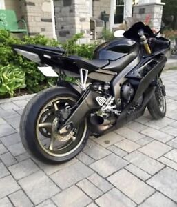 Yamaha R6, Clean Raven Edition