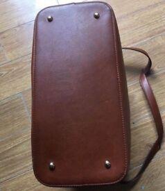 Accessorize Handbag - £10