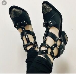 Jeffrey Campbell Harness Sandals sz 8.5