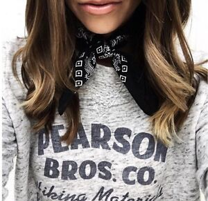 H&M PRINTED SWEATER & BLOGGER FAVORITE! BRAND NEW