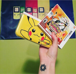 Pokemon 3DS XL with games  PRICE FIRM