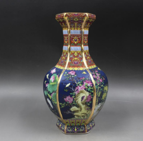 Collection China Antiques The Qing Dynasty Enamel Coloured Flower