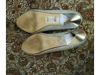 High Hill shoes size 5