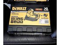 Dewalt DCN660D2 18v XR Brushless Second Fix Framing Finshing Nailer Gun 2 x 2.Ah Batteries & Charger