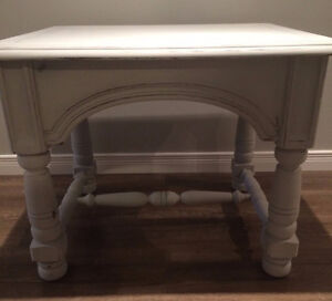 Solid Wood End/Side Table - Antique Style