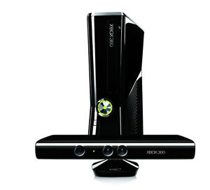 Xbox 360 with Kinect, 5 Games and 2 Controllers