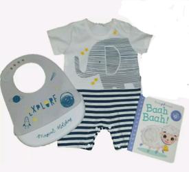 Baby newborn gift set bundle brand new 0-3 months