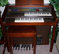 Lowery Debut Organ and Bench