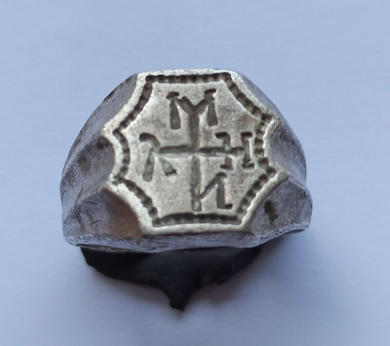 FINE EARLY BYZANTINE SILVER RING WITH A MONOGRAM 500-700 AD