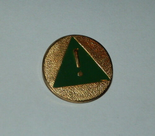Green Girl Scout Safety Pin ~ Green Triangle