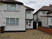 Three Bedroom Semi-detached House Hounslow