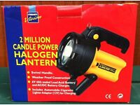 CORDLESS 2 MILLION CANDLE POWER HALOGEN TORCH ( BOXED ) < BARGAIN >
