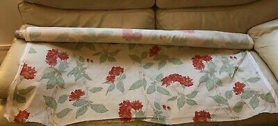 New Roll Of Textile Cotton Floral Fabric