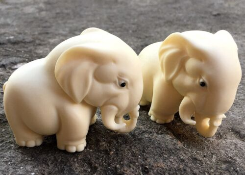 Pair Tagua Nut Elephant Palm Figurine Statue Feng Shui Decor