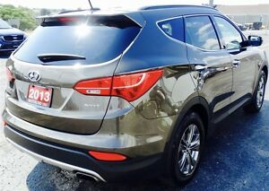 2013 Hyundai Santa Fe 2.4L FWD Low Kms! Kitchener / Waterloo Kitchener Area image 5