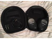 Headphones Panasonic noise cancelling headphones