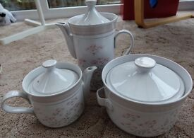 3 PIECES OF BRITANY DENBY POTTERY