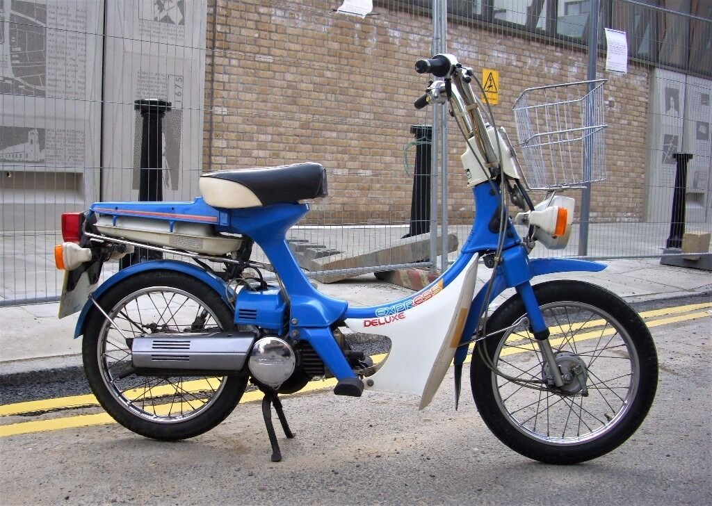 honda express deluxe nc50 50cc moped in finsbury park. Black Bedroom Furniture Sets. Home Design Ideas