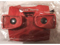 Vintage Toy: '3D viewer' (VR-style stereoscopic viewer from the mid-century) red, £15