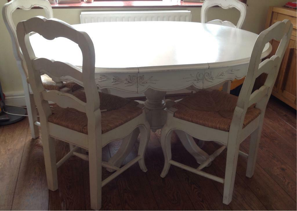 Extendable White Solid Wood Dining Table With 6 Chairs