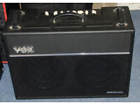 2 x 12 Guitar Amp 150 watts - Vox Valvetronix VT120+ with cover and footswitch