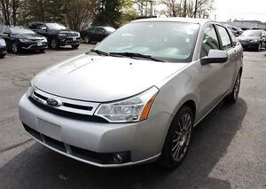 2009 Ford Focus SES Sun Roof, Leather Heated Seats Sirius Satell