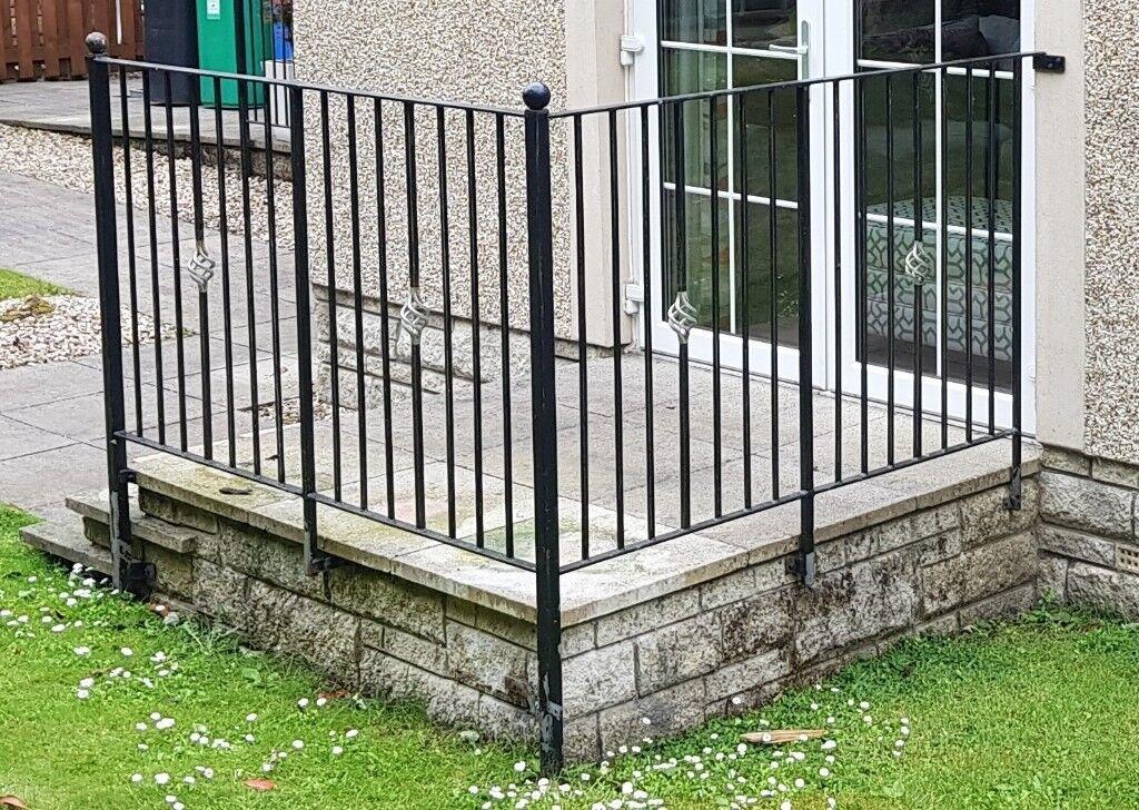Black Metal Garden Patio/decking Railings