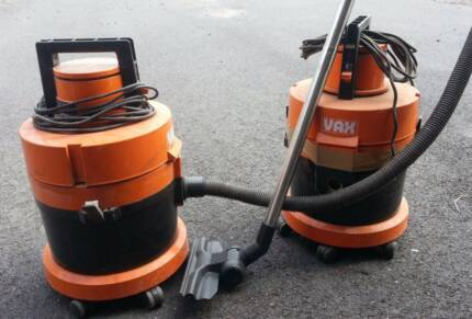 Two Vax Vacuum Cleaners Wet Dry